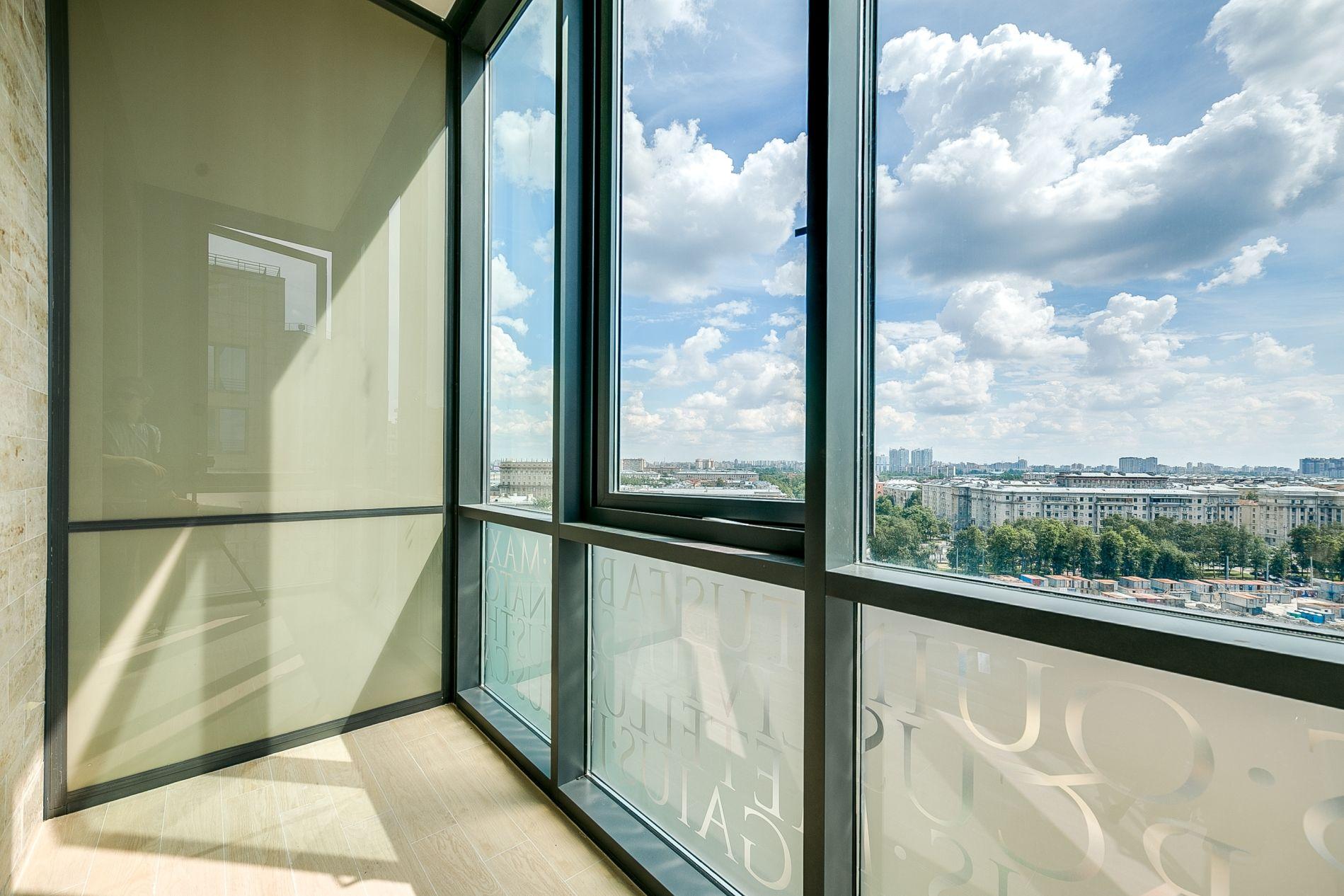 фото балконов из стеклопакета вас