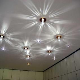 освещение для натяжных потолков фото вариантов