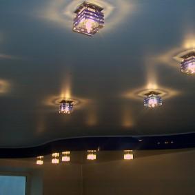 освещение для натяжных потолков виды декора