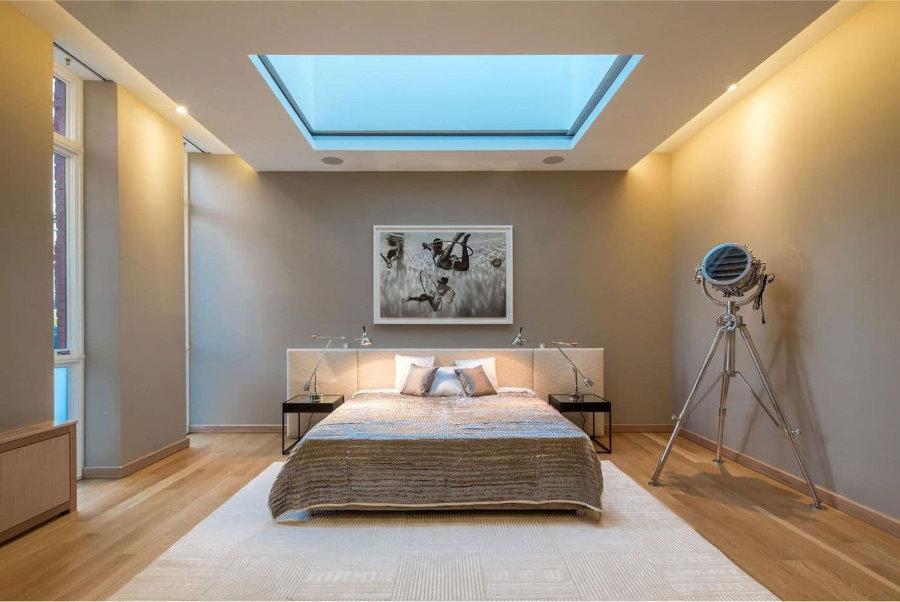 Освещение в спальне с парящим потолком