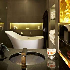 отделка пола в ванной комнате декор
