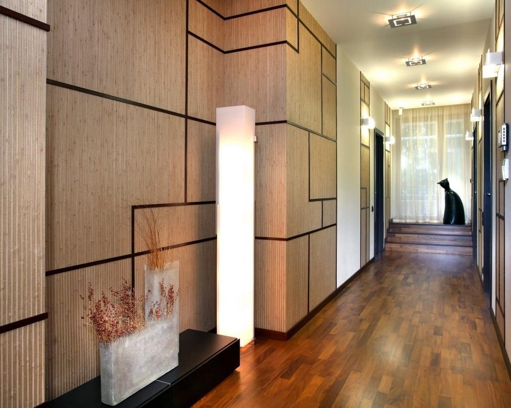 Декор панелями МДФ коридора в современном стиле