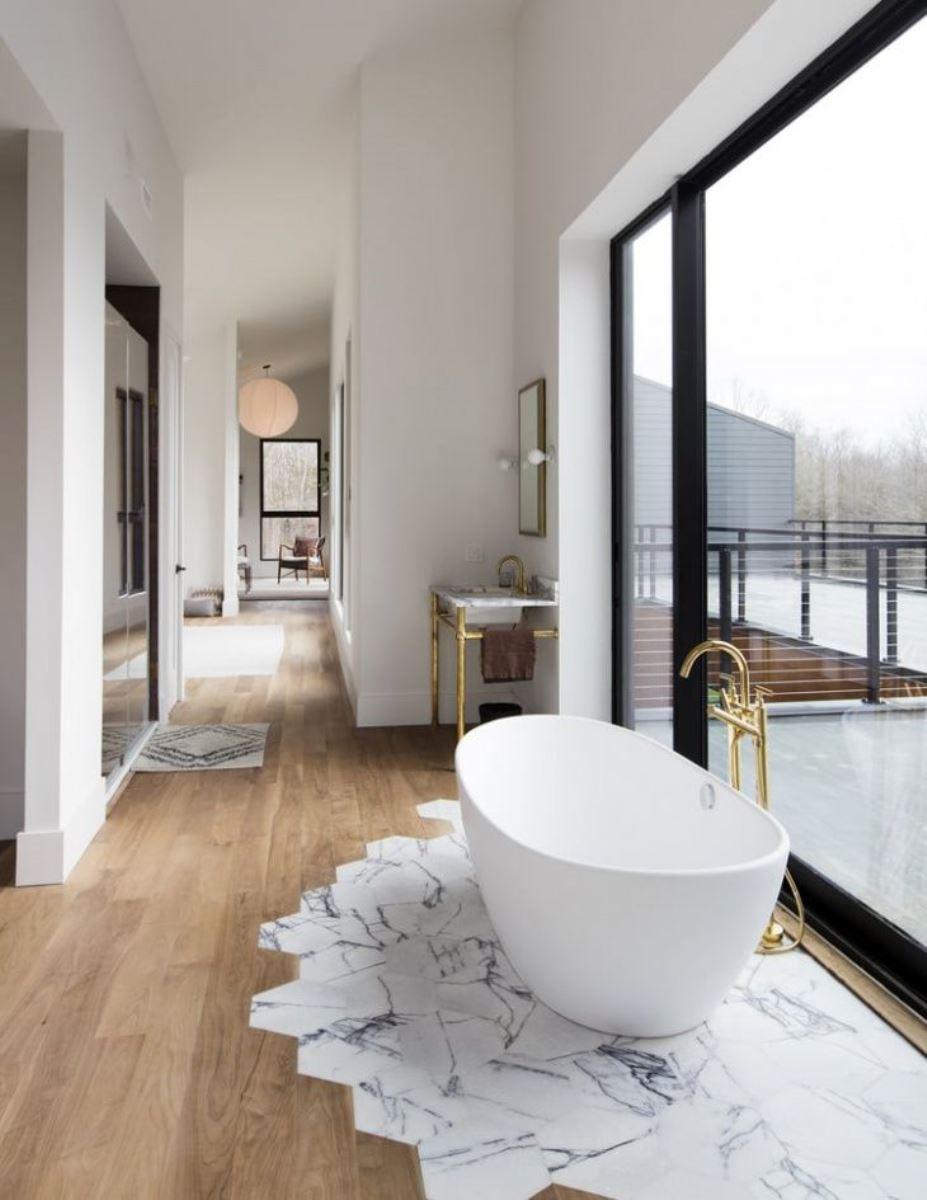 плитка и ламинат в ванной