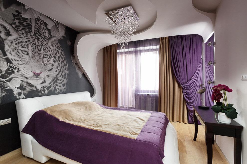 Фотообои на акцентной стене спальни