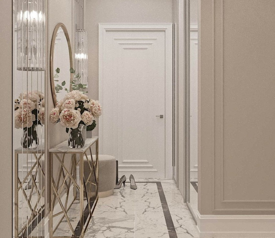 Мраморный пол в небольшом коридоре с овальным зеркалом