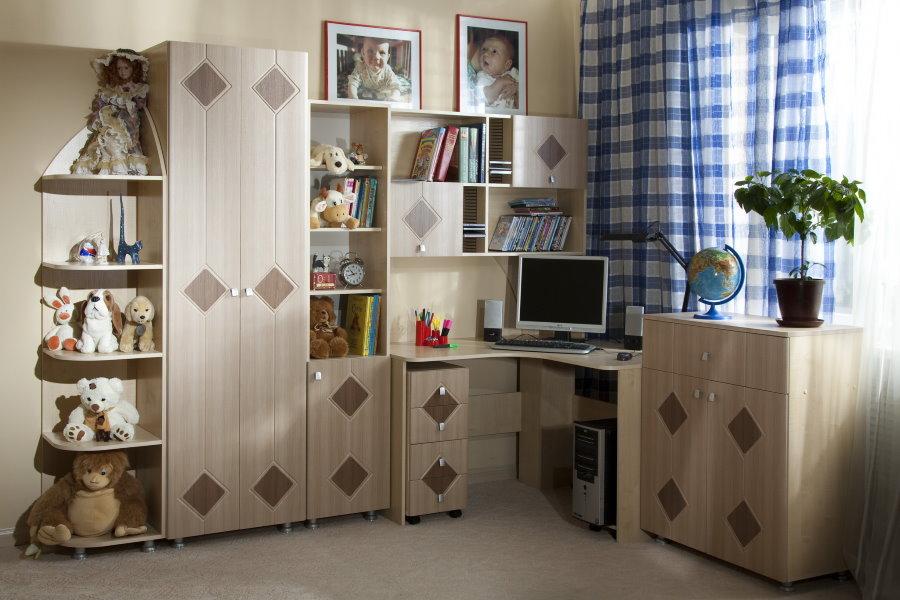 Угловая детская стенка со шкафом и столом