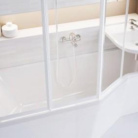 раковина над ванной виды декора