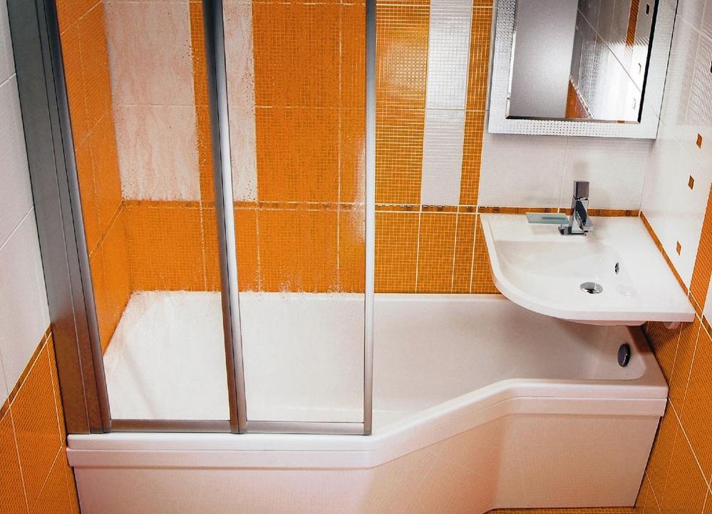 раковина над ванной в интерьере хрущёвки