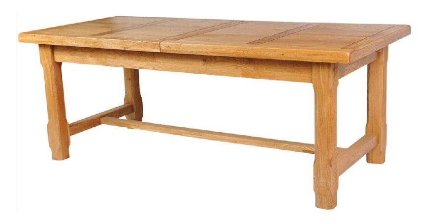 Деревянный раздвижной стол на массивных ножках
