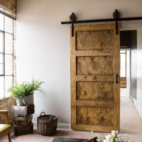 Сдвижная дверь амбарного типа