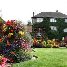 сад в частном доме варианты оформления