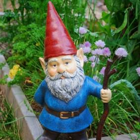 садовая фигура гном фото
