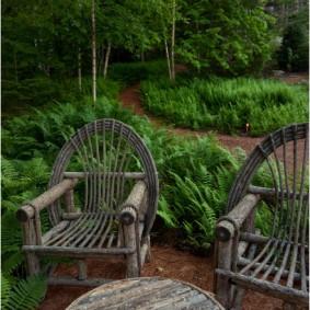 садовая мебель из дерева и металла декор фото