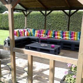 садовая мебель из дерева и металла идеи декора