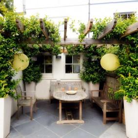 садовая мебель из дерева и металла варианты оформления