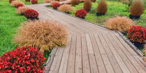 садовые дорожки из дерева идеи оформление