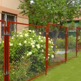 секционный забор для дачи варианты