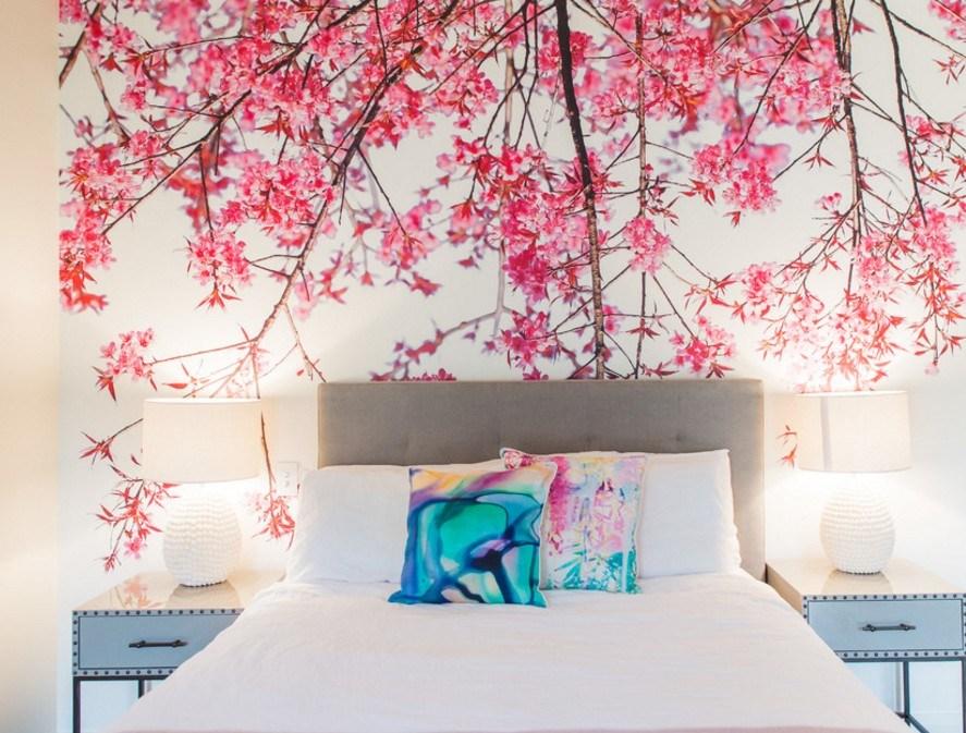 серо розовая спальня с голубым