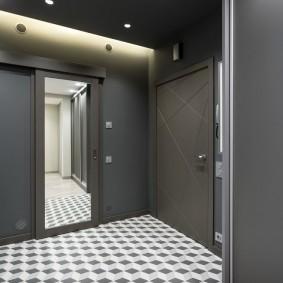 серые двери в квартире варианты оформления