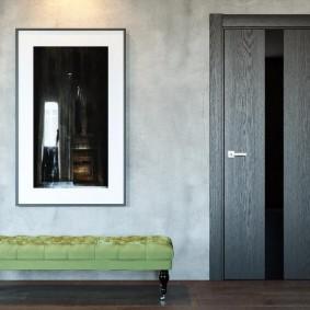 серые двери в квартире и доме