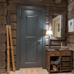 серые двери в квартире дизайн
