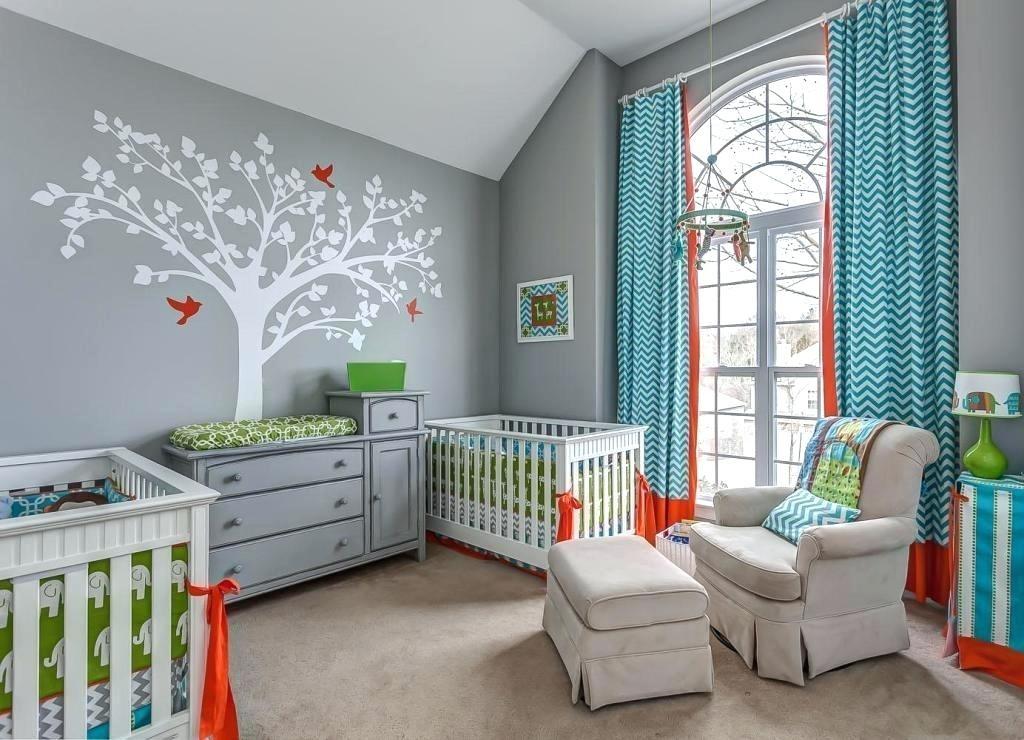 Красивая комната для новорожденных близнецов