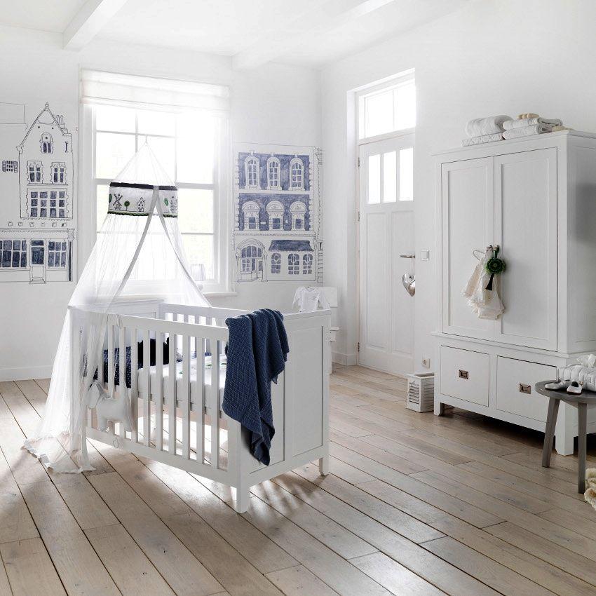 Шифоновый балдахин над кроваткой для новорожденного