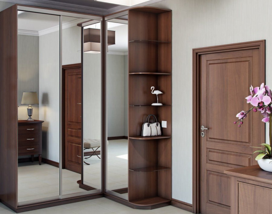 Угловой шкаф-купе с зеркальными дверцами