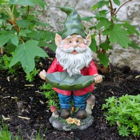 скульптуры для сада гномы