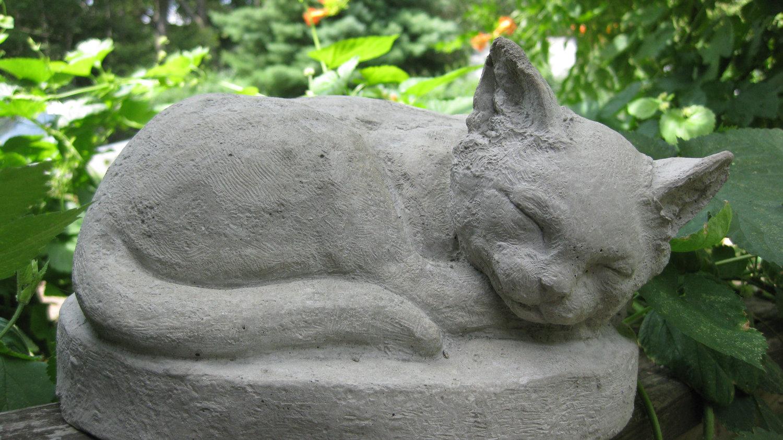 скульптуры для сада из бетона