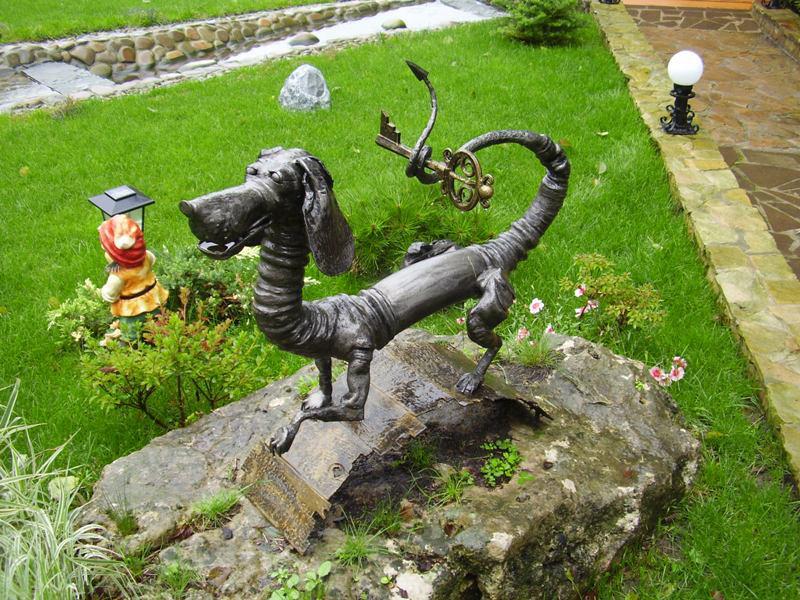 скульптуры для сада из металла