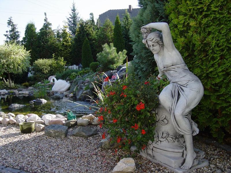 скульптуры для сада классика