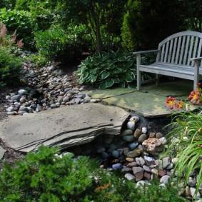 современная садовая скамья фото варианты