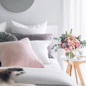 спальня в серо розовых тонах фото видов