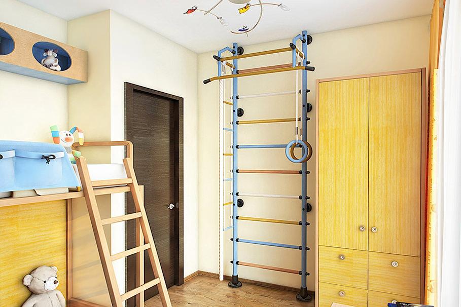 Спортивная стенка около двери в детской комнаты