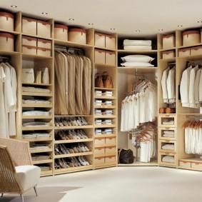 стеллажи для гардеробной комнаты идеи виды