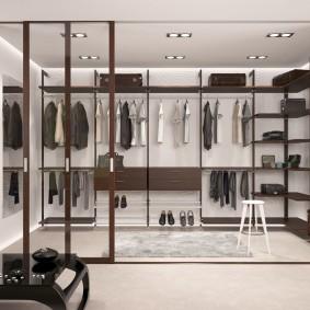 стеллажи для гардеробной комнаты декор