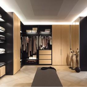 стеллажи для гардеробной комнаты интерьер