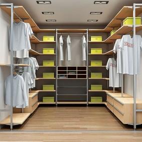стеллажи для гардеробной комнаты интерьер фото
