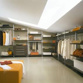 стеллажи для гардеробной комнаты идеи интерьера