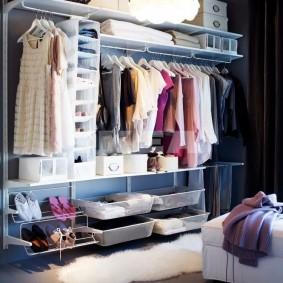 стеллажи для гардеробной комнаты фото оформление