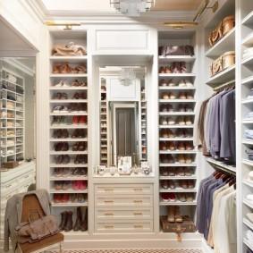 стеллажи для гардеробной комнаты идеи варианты