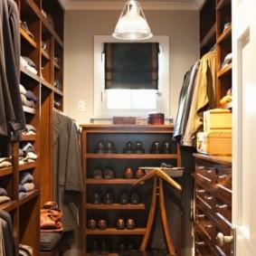 стеллажи для гардеробной комнаты обзор