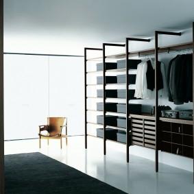 стеллажи для гардеробной комнаты дизайн фото