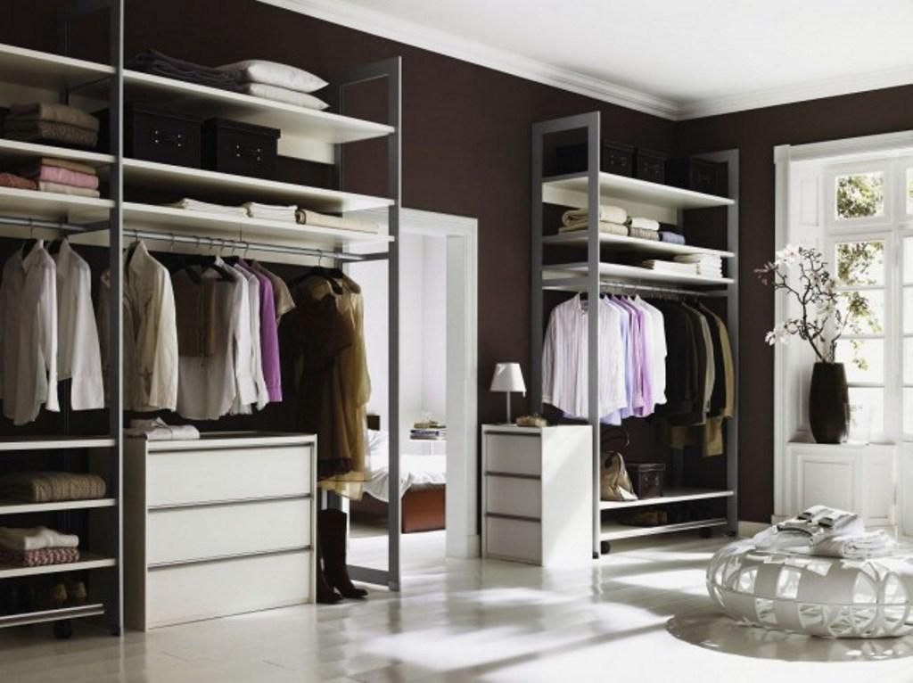 стеллажи для гардеробной комнаты фото
