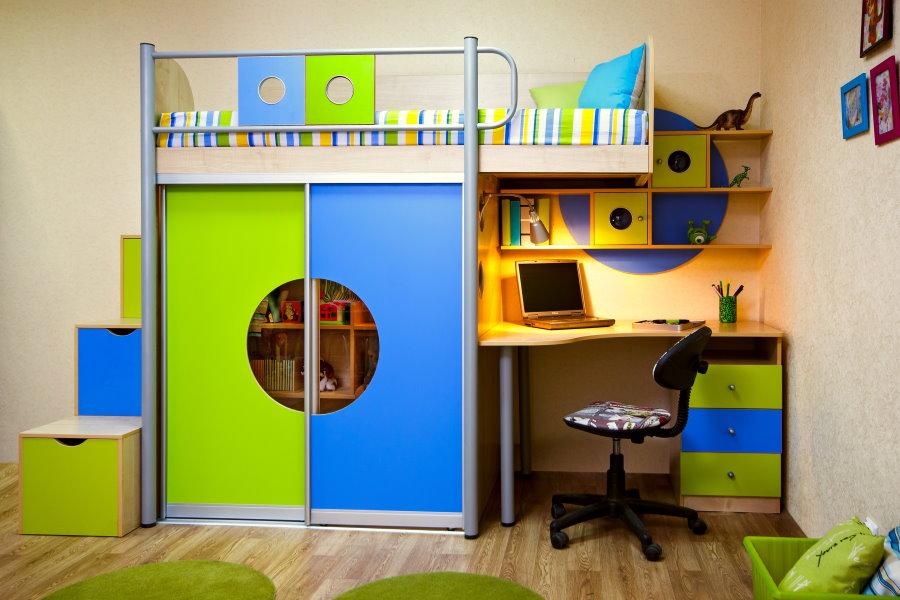 Детская стенка с кроватью-чердаком и шкафом
