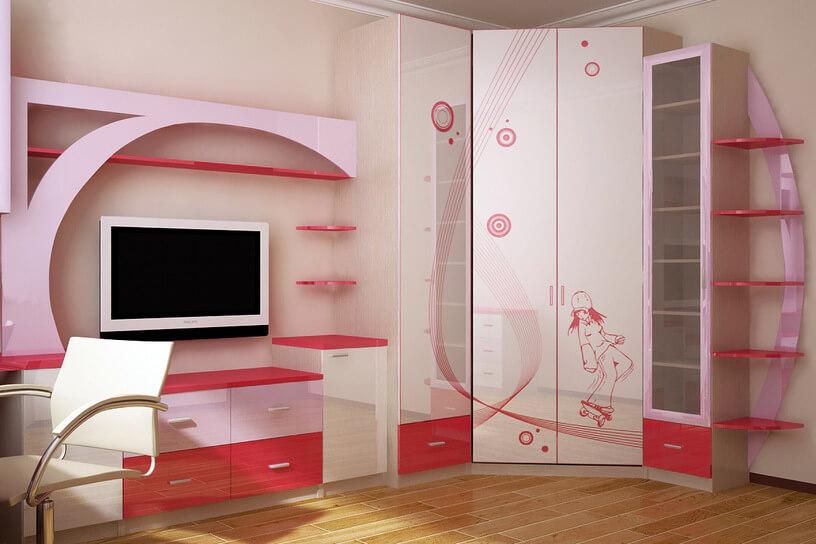 Стенка с угловым шкафом в комнате девочки-подростка