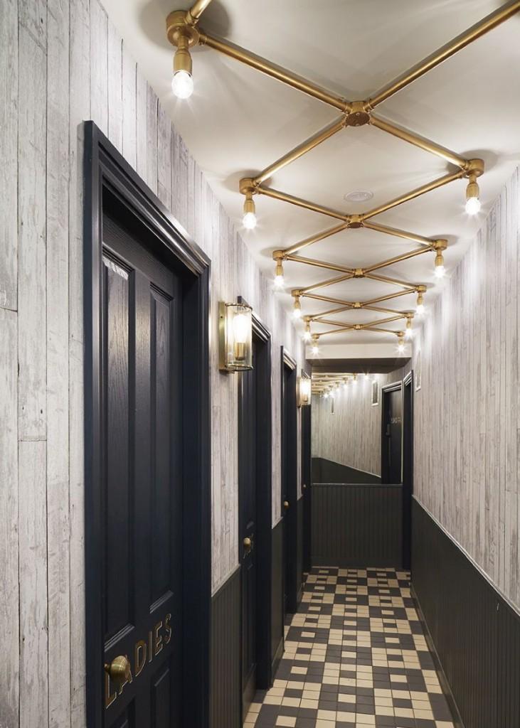 неплохо впитывает фото необычные коридоры выбранную мной