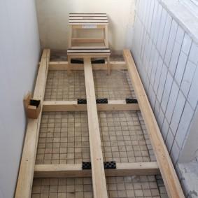 Устройство деревянного пола для сауны на балконе