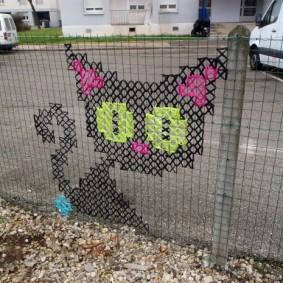 забор из сетки на даче фото виды